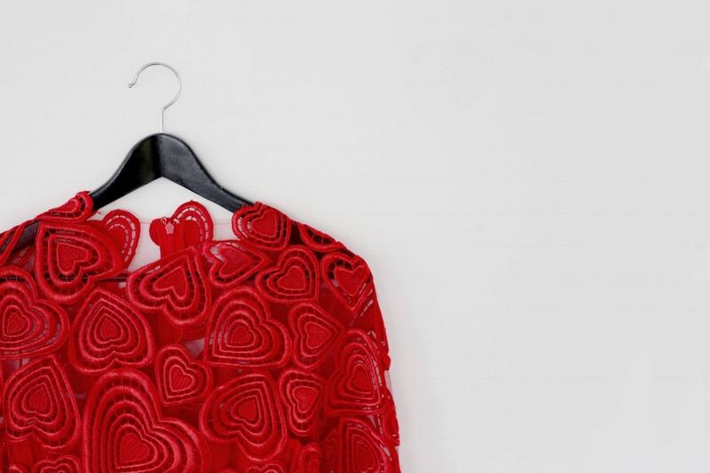 Christopherkane red heart macrame dress - harvey nichols