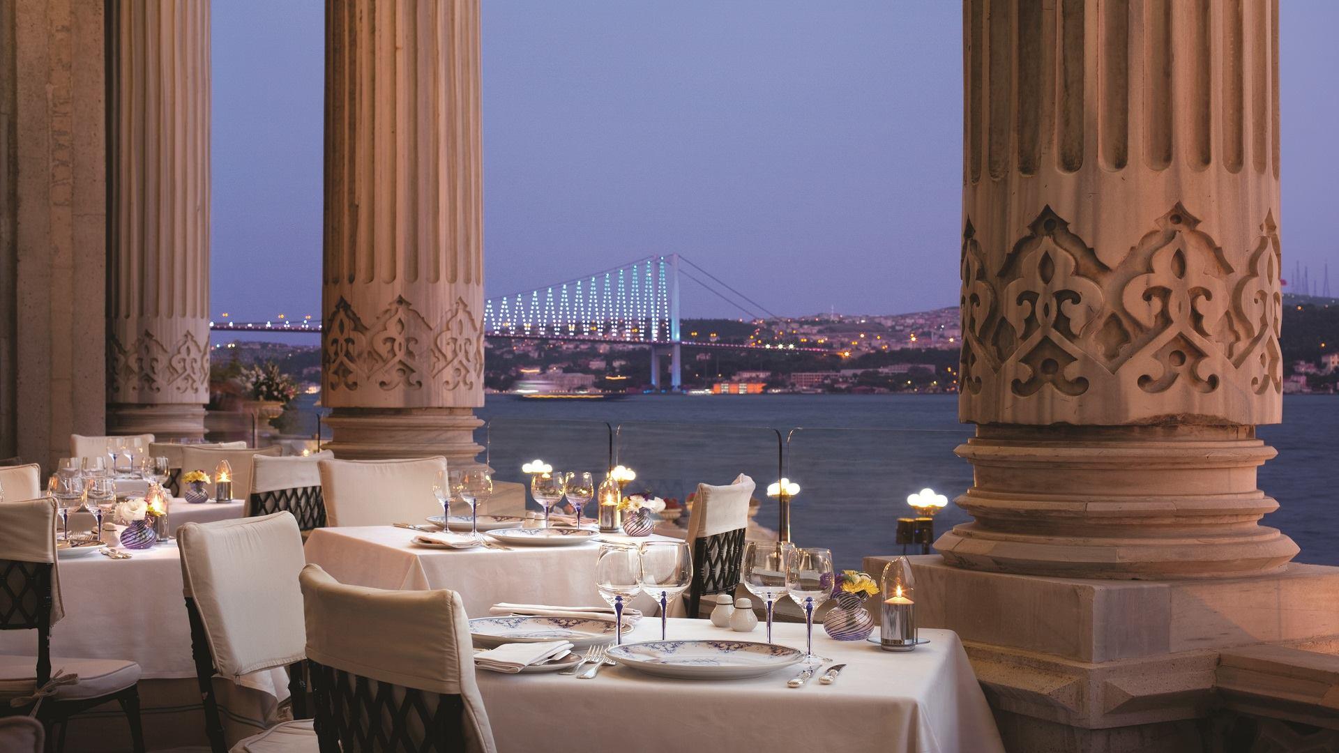 Best hotels in europe 2014 world travel awards for Best hotel awards