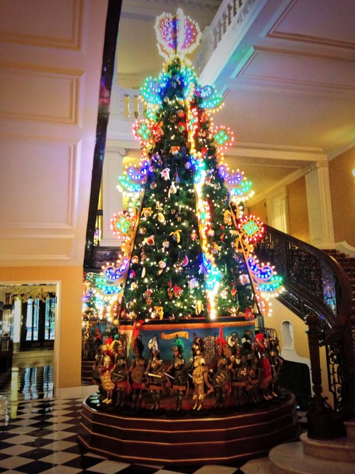 claridges-christmas-tree-2013