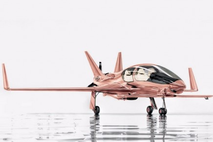Go up, up, and away as you fly the Cobalt Valkyrie-X private plane in rose gold