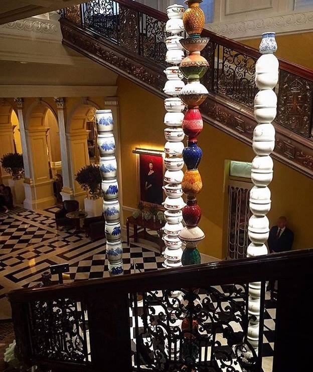 columns-by-artist-pascale-marthine-tayou-at-claridges-london-2016-frieze-art-fair