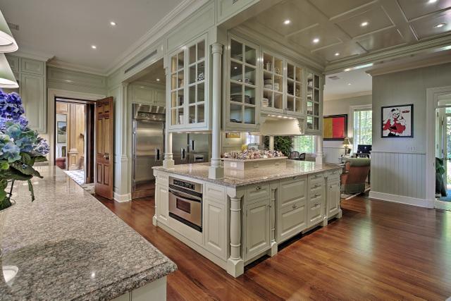 cragwood-estate-kitchen
