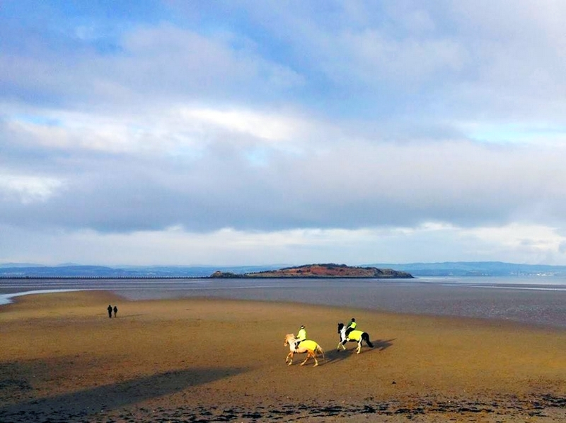cramond-island-beach