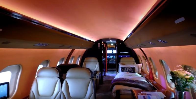 crystal-crystal-aircruises-jet