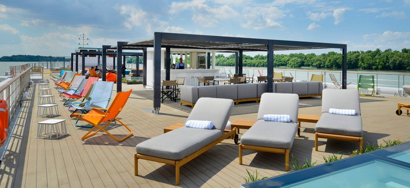 Crystal Mozart is First Luxury River Ship to Go Live -2luxury2-2016-