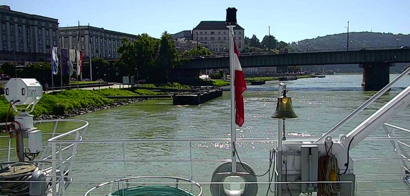Crystal Mozart is First Luxury River Ship to Go Live -2luxury2-2016