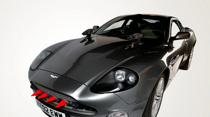 DIE ANOTHER DAY - 2002 ASTON MARTIN V12 VANQUISH