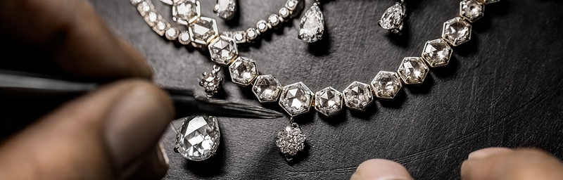 DIOR new High Jewelry collection ´Dior A Versailles´ Dior-the setting