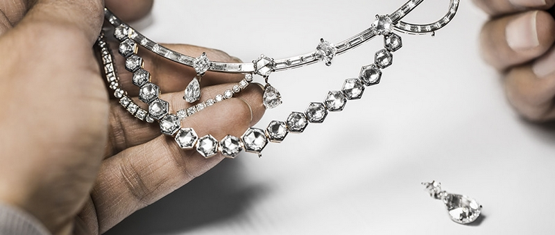 DIOR new High Jewelry collection Dior A Versailles