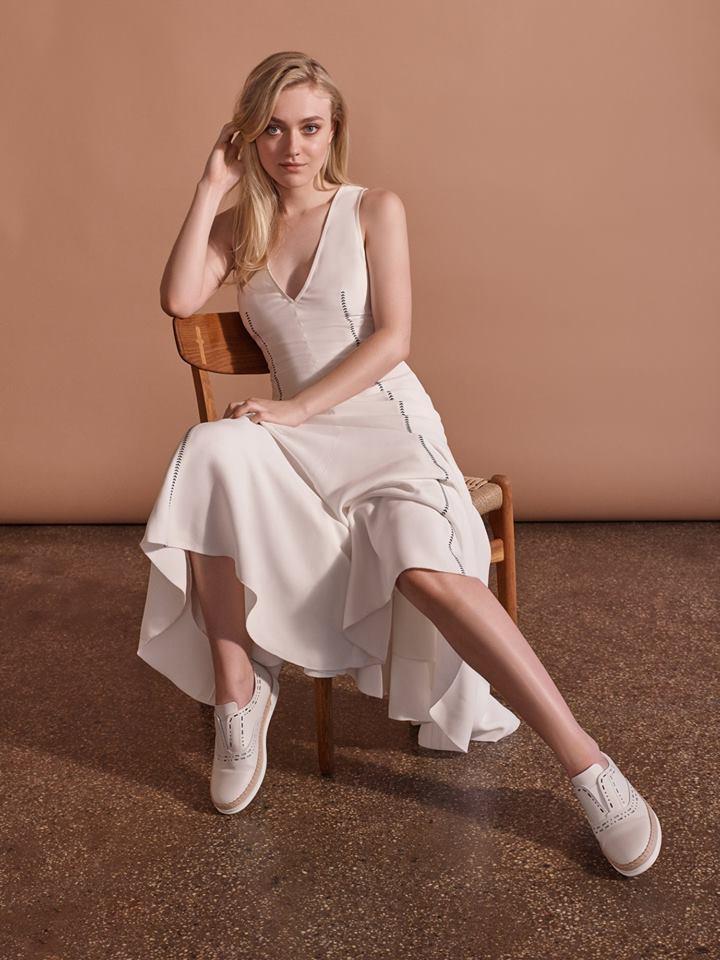 Dakota Fanning wearing the Tod's Love shoes by Gabriela Hearst