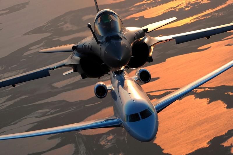dassault-falcon-8x-private-plane
