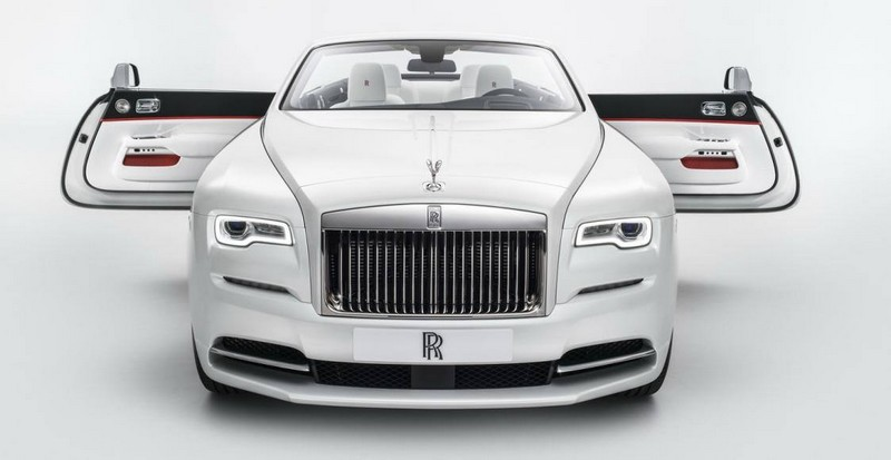 dawn-is-inspired-by-fashion-rolls-royce-spring-summer-2017-couture-collection
