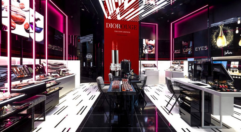 dior-opened-its-first-exclusive-makeup-store