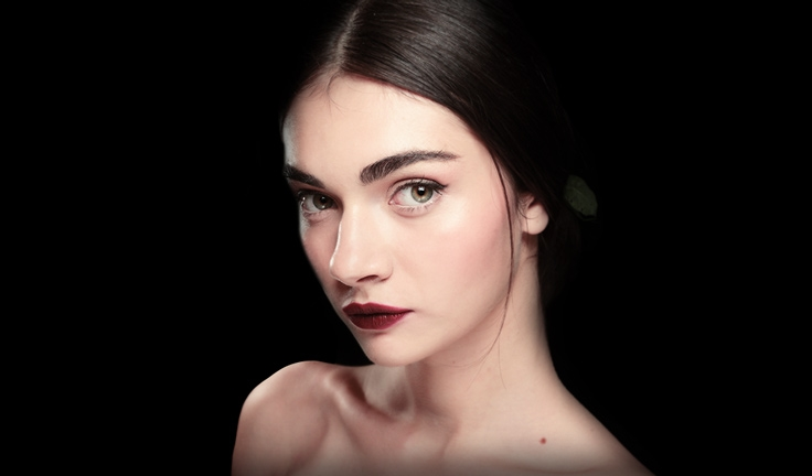 Dolce & Gabban red lips 2015 Summer