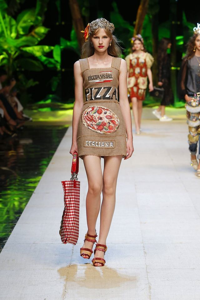 dolcegabbana-summer-2017-women-fashion-show