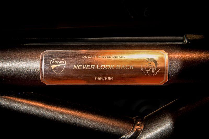 Ducati Diavel Diesel – Never Look Back-2017details
