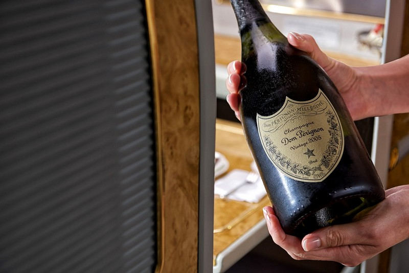 Emirates debuts exclusive Dom Pérignon vintages and Champagne pairing menu-