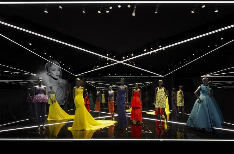 Esprit Dior Exhibition 2015--002