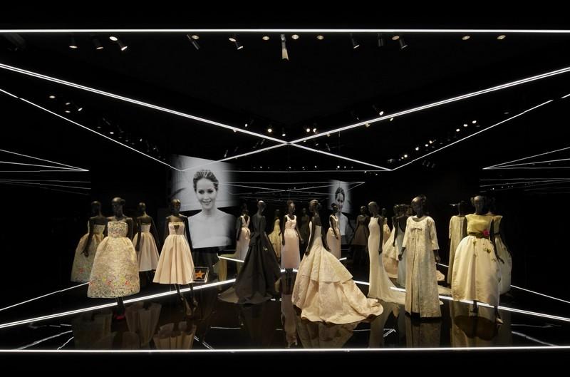 Esprit Dior Exhibition 2015--003