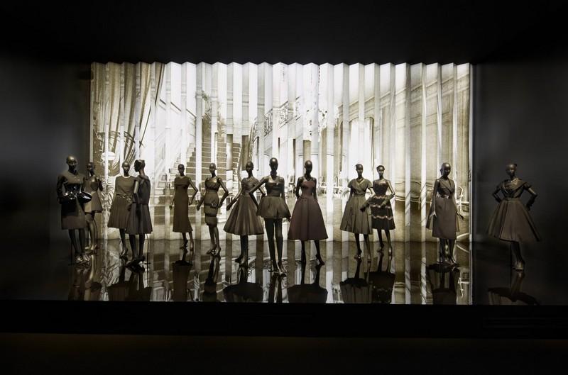 Esprit Dior Exhibition 2015--004