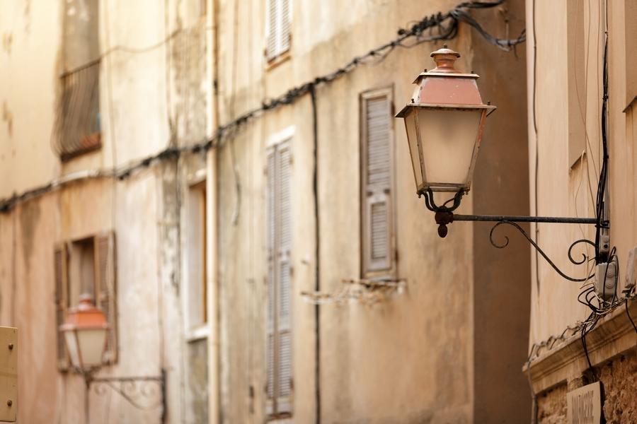 Europe_France_Corsica Island_Old lamp post in Bonifacio town_attraction.jpg
