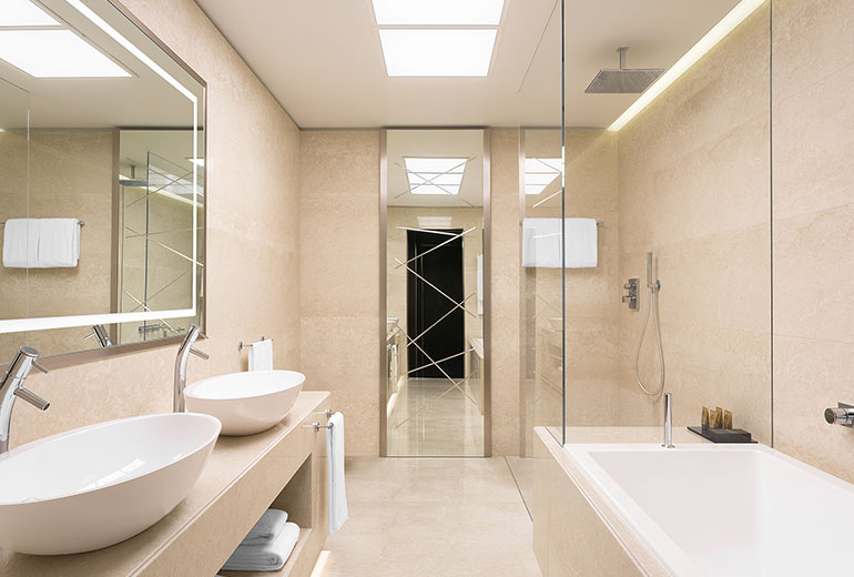Excelsior Hotel Gallia, a Luxury Collection Hotel, Milan-renovation 2015-Excelsior Room - Bathroom