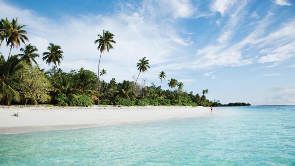 FOUR SEASONS LUXURY RESORT ON DESROCHES ISLAND-2016