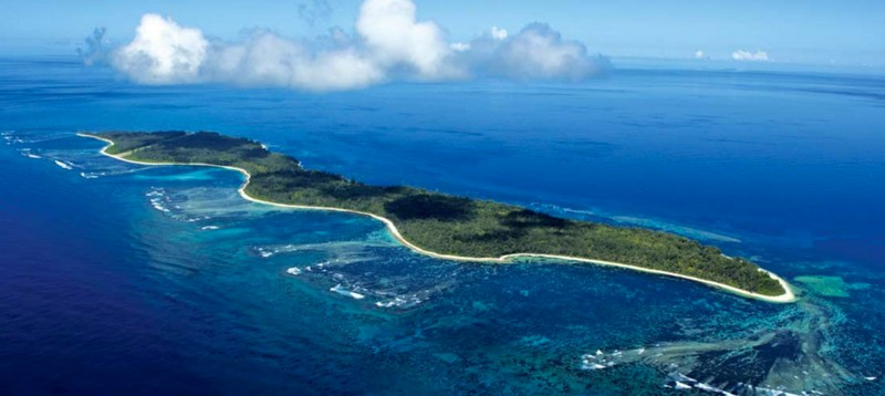 FOUR SEASONS TO MANAGE EXCLUSIVE LUXURY RESORT ON DESROCHES ISLAND--