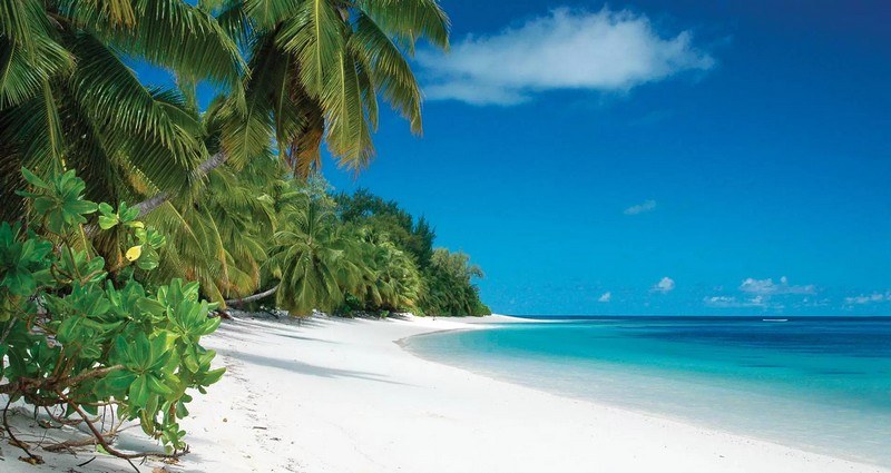 FOUR SEASONS TO MANAGE EXCLUSIVE LUXURY RESORT ON DESROCHES ISLAND