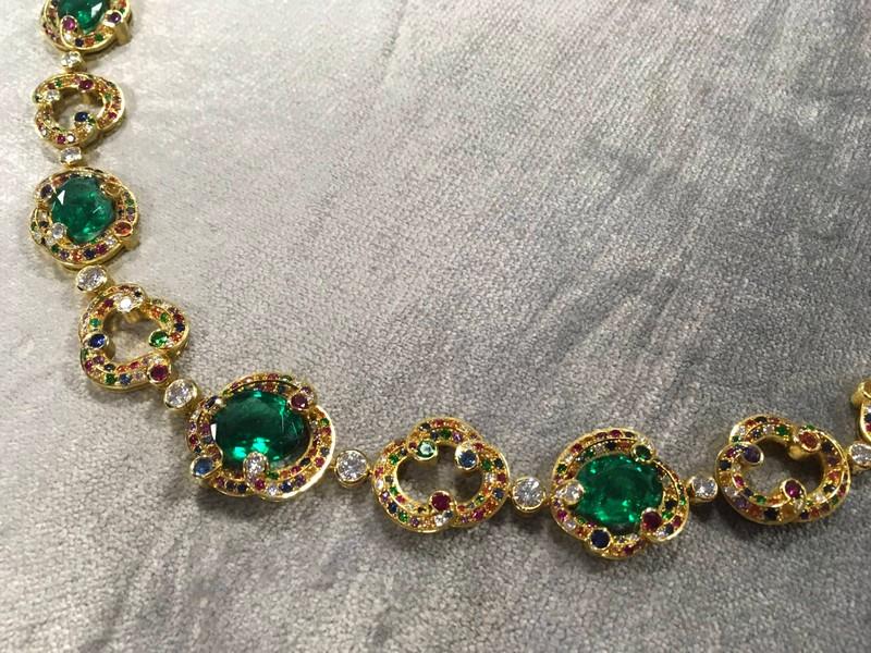 faberge-rococo-zambian-emerald-yellow-gold