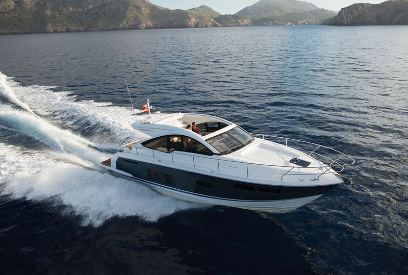 Fairline Yachts -Targa48 Open---