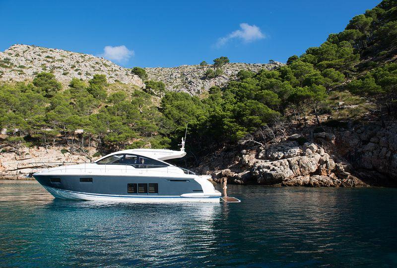 Fairline Yachts -Targa48 Open