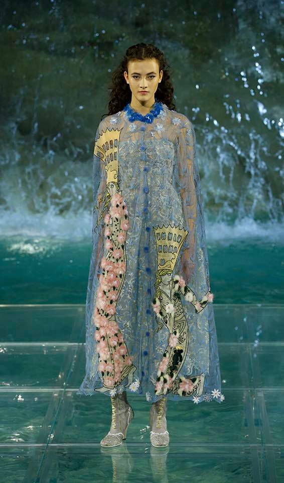Fendi The Legends and Fairy Tales fashion show at the Trevi Fountain in Rome-2016-