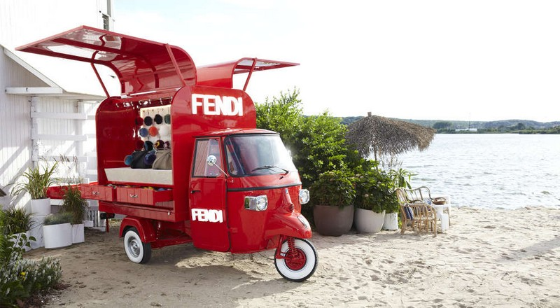 Fendi's Ape Piaggio transformed into a pop-up store - 2016