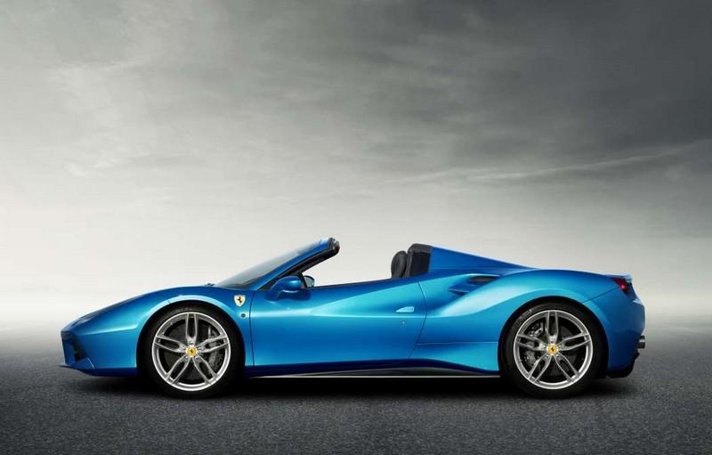 Ferrari has gone for a retractable hard top for the 488GTB coupé model-