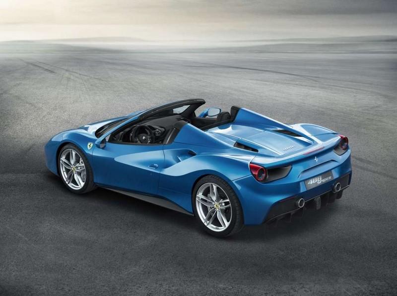 Ferrari has gone for a retractable hard top for the 488GTB coupé model--