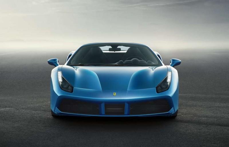 Ferrari has gone for a retractable hard top for the 488GTB coupé model