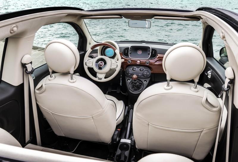 Fiat_500_Riva-car-interior