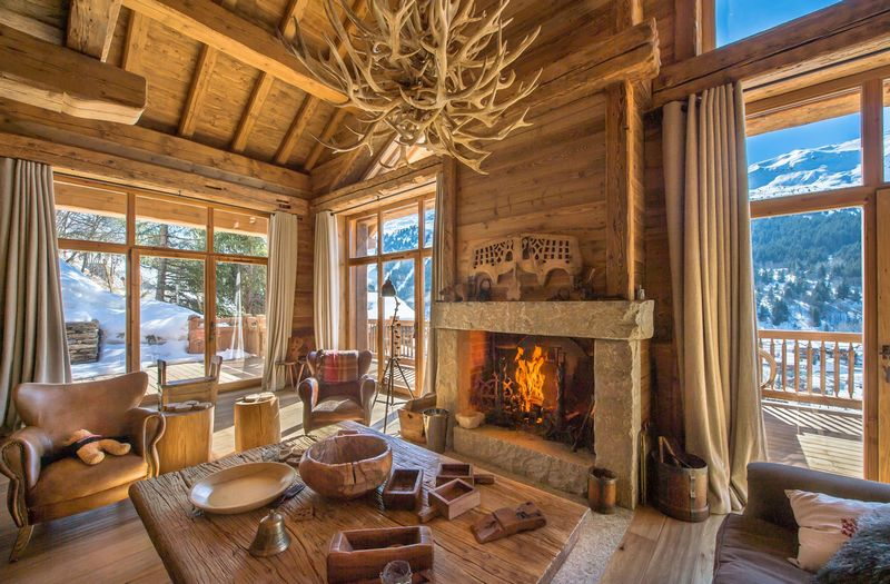 fireplace-the-soul-of-the-luxury-chalet