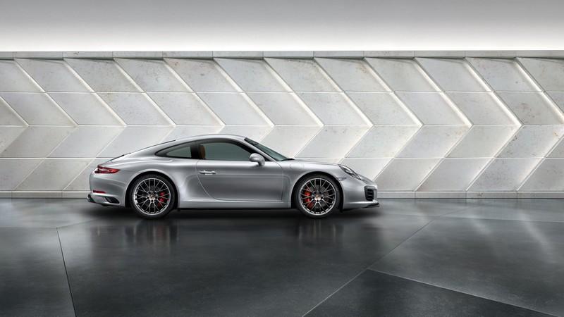 First look at 2016 Porsche 911 Carrera