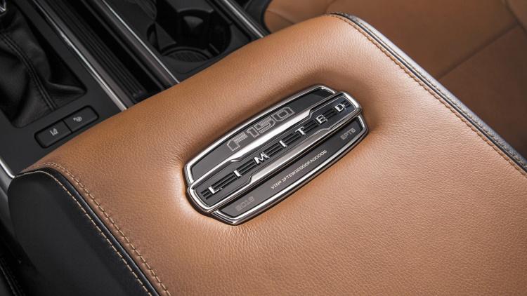 Ford F150newlimited model-badge