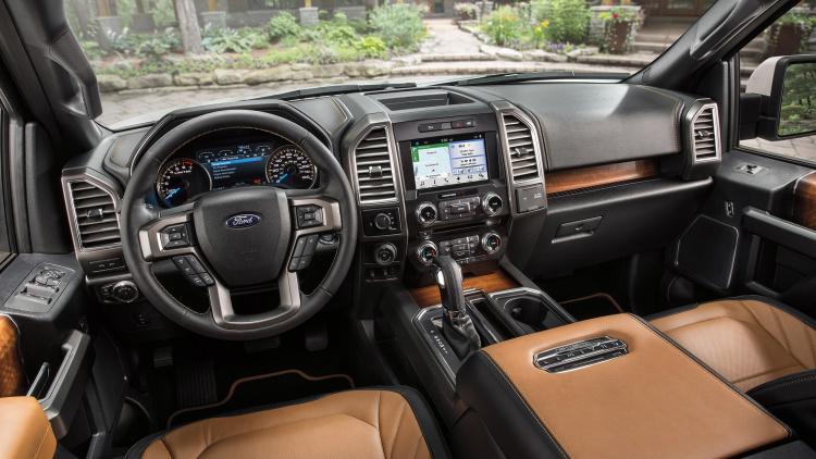 Ford F150newlimited model-interior2