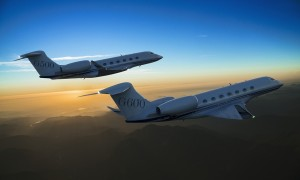 Formation_Gulfstream-G500-and-G600-two-new-business-jets-by-Gulfstream-Aerospace-Corporation.jpg