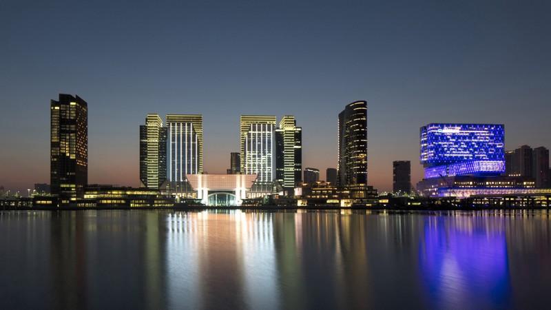 Four Seasons Hotel Abu Dhabi at Al Maryah Island-opening May2016-panorama