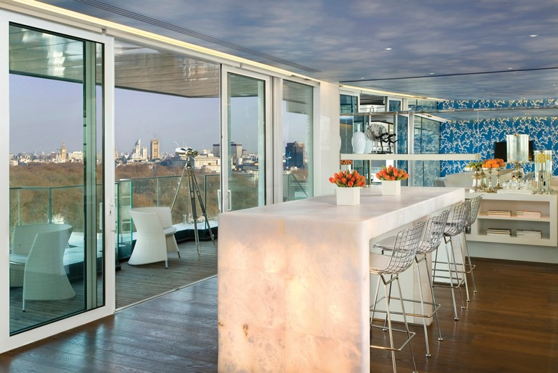 Four Seasons Hotel London at Park Lane by Pierre-Yves Rochon-