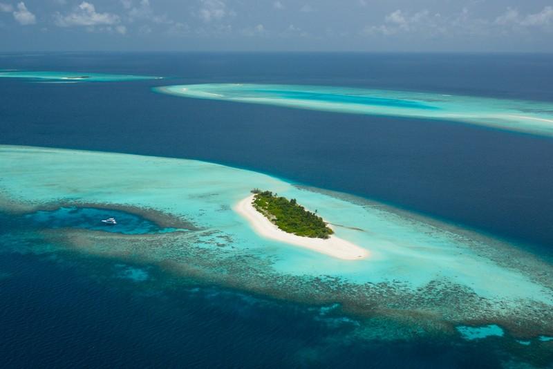 Four Seasons Private Island Maldives at Voavah, Baa Atoll