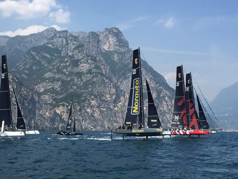 GC32s racing on Lake Garda-2016