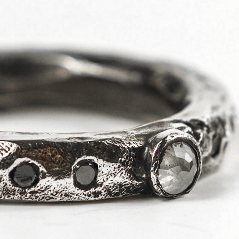 Grey Rose Diamond Ring . Hand forged and carved silver band set with a grey diamond and four black diamonds