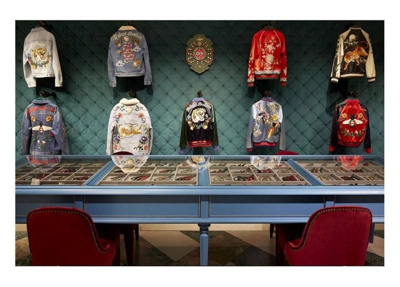 Gucci DIY service in the Gucci Milan Montenapoleone store 2016 Milan Fashion Week-2luxury2