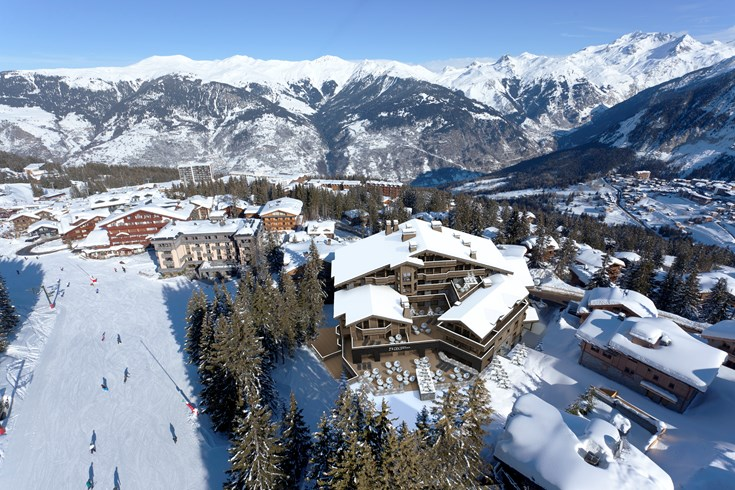hotel-barriere-les-neiges-courcheval-panorama